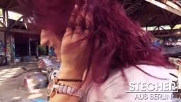 Stecher_aus_Berlin - Melina-May im verlassenen Schwimmbad gefickt