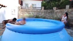 Alexandra-Wett - Schwanz Ping-Pong Bis zum Doppel Schuss