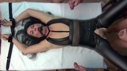 Alexandra-Wett - Wehrlos - Benutzt, zerfickt und vollgewichst