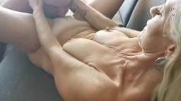 Dirty-Tina - Pssst - Mach mal leiser - Privat gefickt am Porno-Set